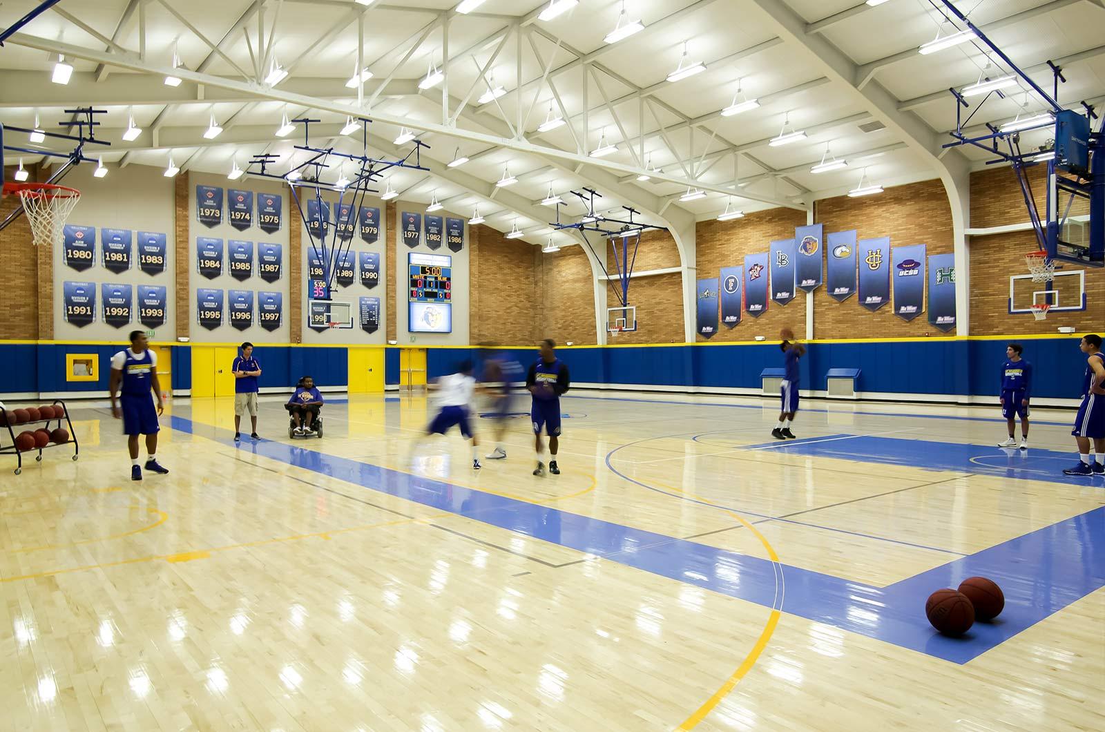Basketbal-Team-at-Practice-UCR-360-Tours-Virtual-Tour-Company-College-Vitual-Tours-Virtual-Tours-For-College