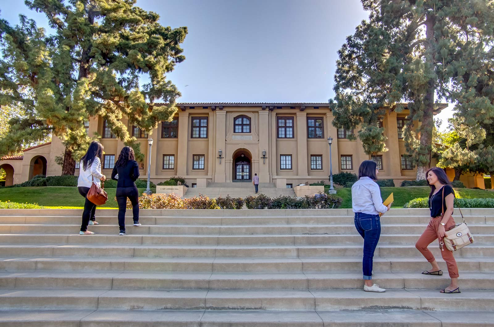 Front-of-Library-At-College-University-360-Tours-Virtual-Tour-Company-College-Vitual-Tours-Virtual-Tours-For-College