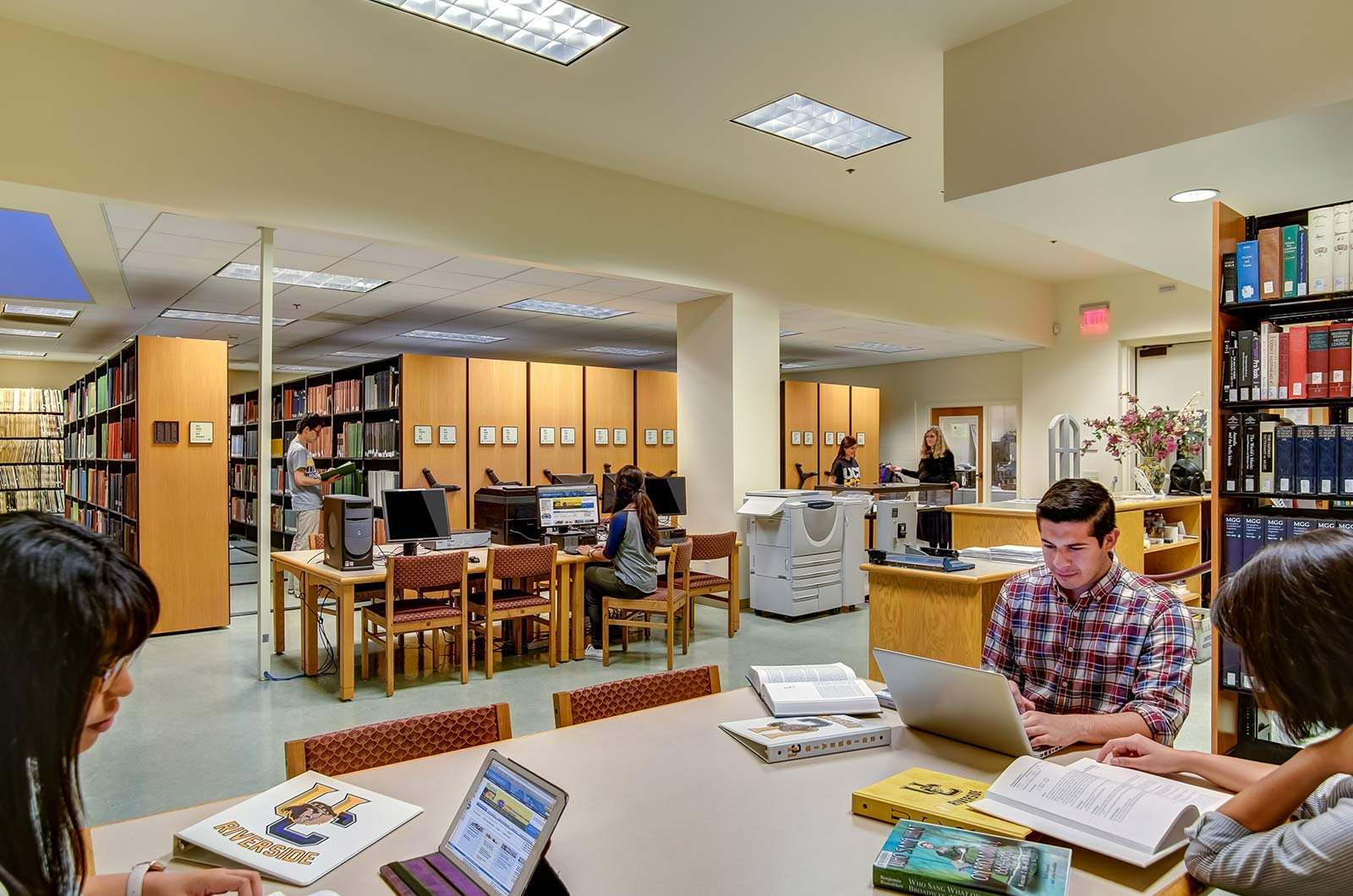 Library-At-A-University-College-Virtual-Tours-Virtual-tours-for-college-360-tours-360-photography-company-virtual-tour-provider-aerial-drone-photography-service
