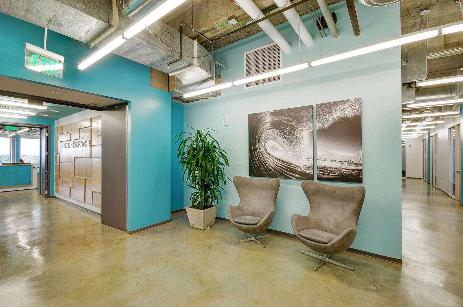 Teal-Wall-Painted-Office-Hallway-Commercial-Real-Estate-Virtual-Tour-Office-Building-Virtual-Tours