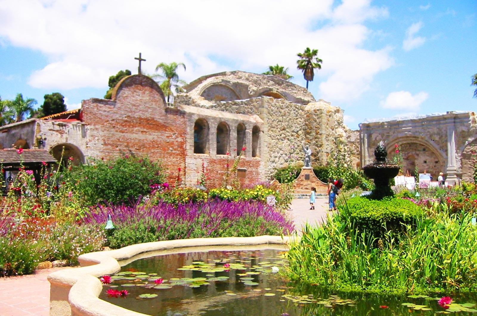 Featured | San Juan Capistrano Real Estate Photographer | San Juan Capistrano Virtual Tour Photographer | San Juan Capistrano Aerial Photography Services