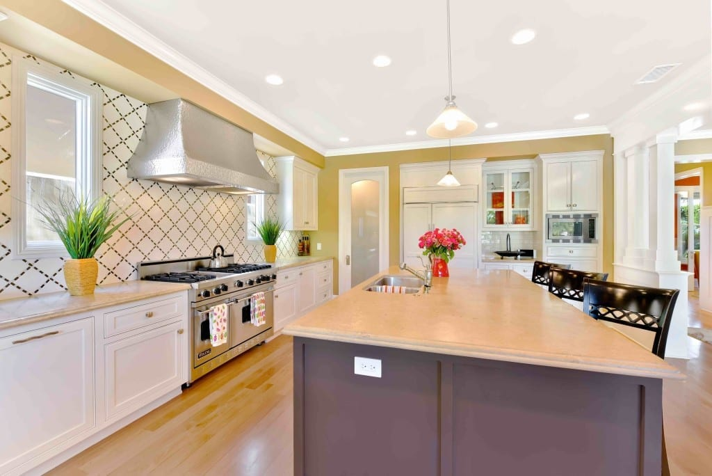 Customer Service | 5 Questions to Ask Before Hiring a Luxury Real Estate Photographer