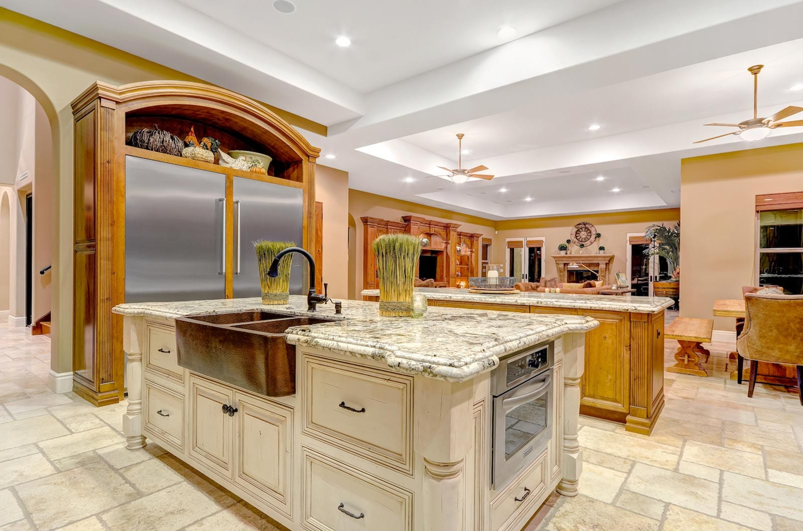 professional-real-estate-photographer-feat-image