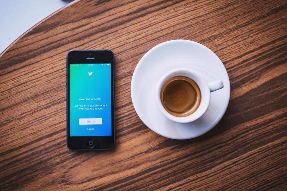 social media marketing commercial real estate