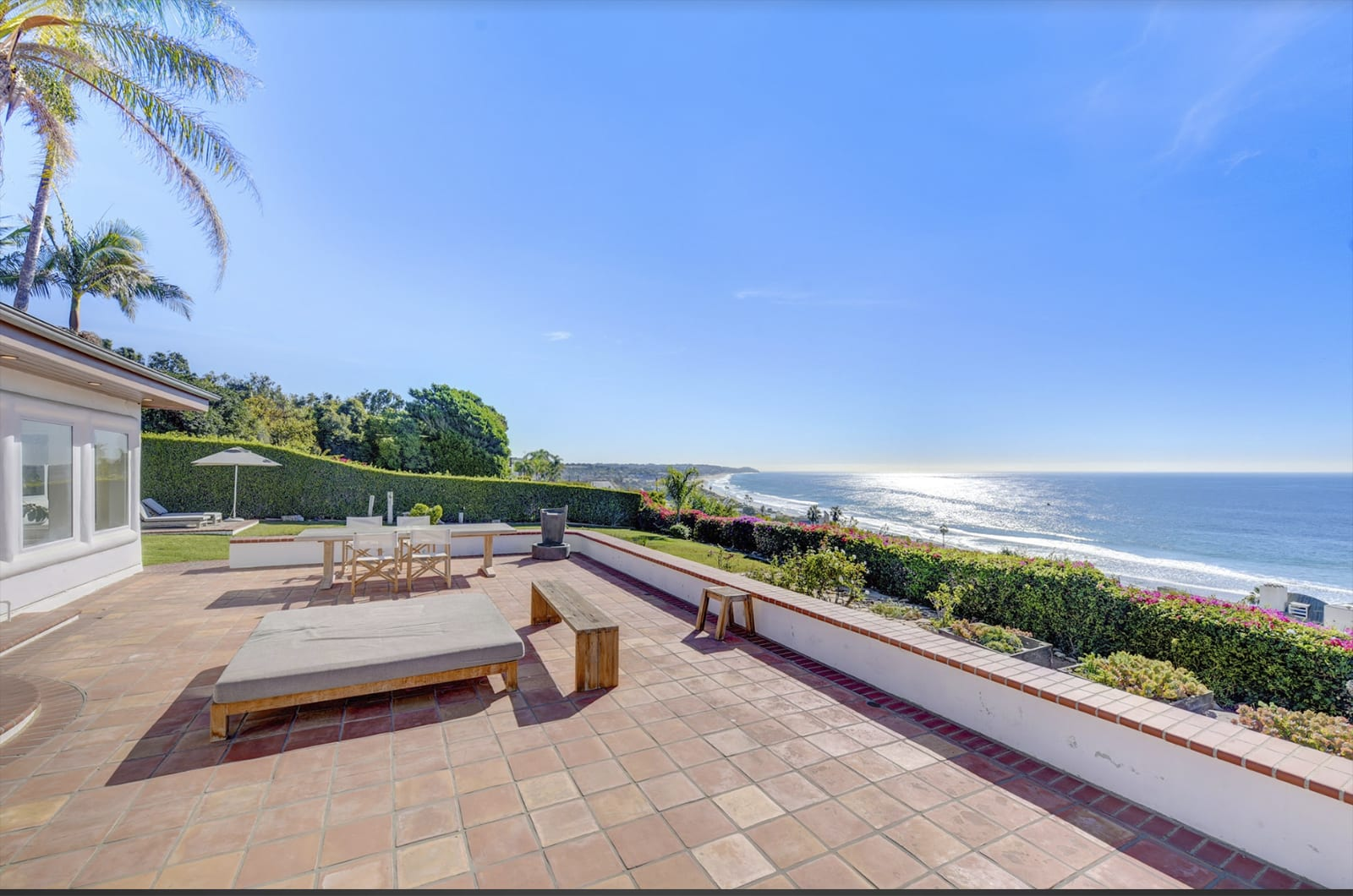Feat Orange County Real Estate Photographer Los Angeles
