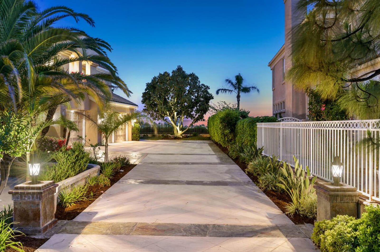 Feat Luxury Real Estate Photographer Orange County Los Angeles