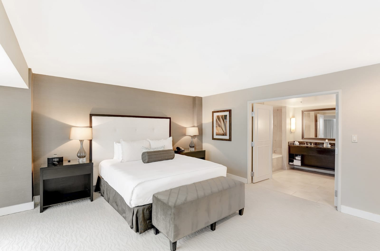 feat image 360 virtual tours for hotel hotel photography